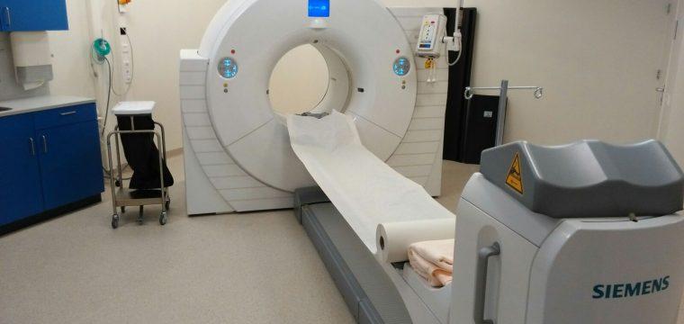 Construcción sala de tomografía de axial computerizada/emisión de positrones Hospital Scheper en Emmen